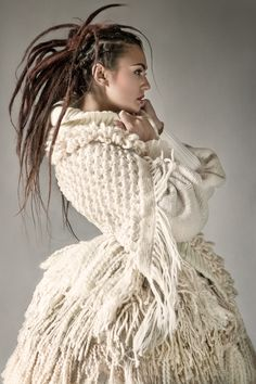 Knitwear Fashion, Knit Fashion, Fashion Art, Fashion Women, Fashion Trends, Knitting Wool, Hand Knitting, Knitting Sweaters, Mode Costume