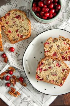 (Veganize) Cranberry Nut Bread is perfect for the holiday season. Full of fresh cranberries and pecans, this is an easy quick bread you'll want to make again and again. Rasin Bread, Cranberry Nut Bread, Egg Recipes For Breakfast, Fresh Cranberries, Quick Bread, Healthy Treats, Bread Baking, Pecans, Yummy Food
