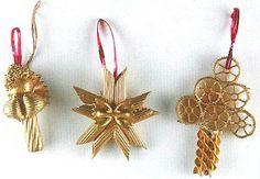 Decorazioni per l'albero di Natale con la pasta