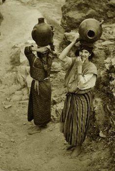 Ladies from Algeria, 1930.    #Islam #Sufism #Esoterism #Mysticism #Spirituality #God #Religion #Allah #Algeria #Tribe