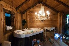 Dănuț Hotea meșterul din Sighet care face case din lemn vechi, case care te fac fericit! | Adela Pârvu - Interior design blogger Cabin Homes, Home Fashion, My Dream, Cottage, House Styles, Home Decor, Showers, Bathrooms, House Ideas