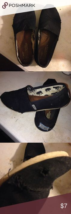 Used toms Worn and used toms. Some defects TOMS Shoes