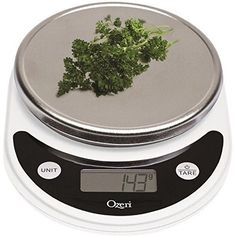 Ozeri Pronto Digital Multifunction Kitchen and Food Scale, Elegant Black * Quickly view this special product, click the image : Kitchen Utensils and Gadgets Calorie Tracker App, Digital Food Scale, Digital Kitchen Scales, Küchen Design, Kitchen Gadgets, Kitchen Tools, Kitchen Products, Kitchen Utensils, Kitchen Appliances