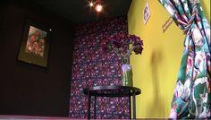 """Die Ausstellung """"Die Falsche Blume""""   Sebnitzer Flussteufel im Designmärchen – Die falsche Blume (c) DRESDENEINS.TV (2)"""