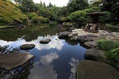 東京都北区(とうきょうと きたく) 旧古河庭園(きゅうふるかわていえん)