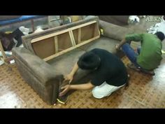 how to upholstery sofa 3 sitter full tutorial making new Wooden Living Room Furniture, Kids Furniture, Kitchen Curtain Designs, Diy Furniture Upholstery, Art Deco Chair, Sofa Bed Design, Sofa Frame, Wood Sofa, Diy Sofa