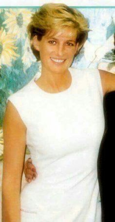 Circa Diana, Princess of Wales with unidentified woman. Princess Diana Fashion, Princess Diana Family, Princess Diana Pictures, Royal Princess, Princess Of Wales, Lady Diana Spencer, Princesa Diana, Prinz William, Jolie Photo