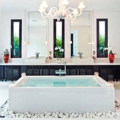 Simply gorgeous... - Interior Design Ideas, Interior Decor and Designs, Home Design Inspiration, Room Design Ideas, Interior Decorating, Furniture And Accessories