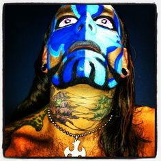 Photo by jeffhardybrand  Must have been feeling blue tonight