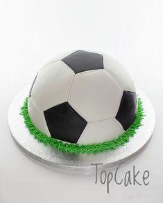 Jalkapallokakku. Football cake.