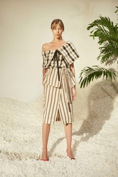 Rosie Assoulin Spring 2017 Ready-to-Wear Fashion Show