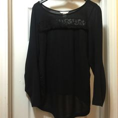 H&M long sleeve shirt Worn once great condition Tops Tees - Long Sleeve