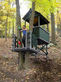 Zip line from tree fort!! want this for my Kids!!!