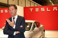 Mark Rutte chasing the Big Girls.....'you r beautiful'