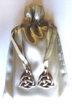 http://www.ebay.com.au/itm/Silver-Triple-Moon-Charm-Tarot-Bag-/231610779366?pt=LH_DefaultDomain_15