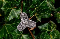 Viking Trefoil Brooch replica - available in wholesale and retail on www.peraperis.com