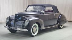 1939 Lincoln Zephyr Convertible: Drivers Side Front View