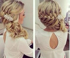 Beautiful wedding hair! Laura Wood is this the hairstyle you were looking for?
