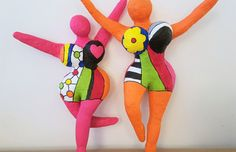 Paper Mache Clay, Paper Mache Sculpture, Sculpture Art, Cool Diy Projects, Projects To Try, Pop Art, Middle School Art Projects, Paper Mache Animals, Atelier D Art