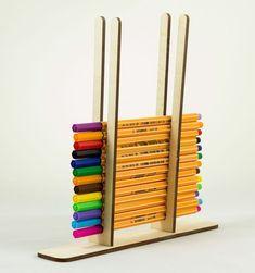 حامل أقلام – Office Organization At Work Pen Holder Diy, Pencil Holder, Wooden Pen Holder, Craft Stick Crafts, Wood Crafts, Diy And Crafts, Popsicle Crafts, Carton Diy, Diy Karton