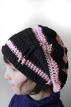 Bonnet Femme Noir et Rose - crocheté -