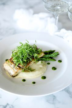 Barramundi Fillet, Fennel, Potato Puree, Asparagus & Salsa Verde - Temptation For Food #barramundi #plating #seafood