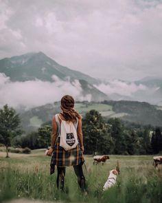 Anzeige | meet & eat in Tirol. ⛰  Wer hat Lust am 26.8 beim #intersportwandertag mit mir und Tobi wandern zugehen. Hinterlasse einfach bei… Inter Sport, Hipster, Outdoors, Instagram, Sports, Style, Hiking Shoes, Hiking, Clothing