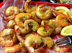 Sea Shack HILTON HEAD, SOUTH CAROLINA- One pound peel & eat shrimp meal (sides not pictured). Perfection!!
