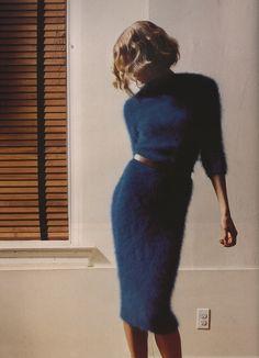 فرو ازرق فستان