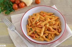 Pasta Penne, Pasta Facil, Risotto, Carrots, Yummy Food, Delicious Recipes, Pizza, Vegetables, Cooking