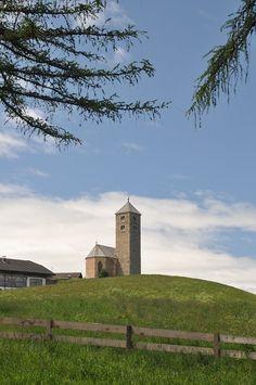 Kirche St. Jakob auf dem Tschögglberg bei Bozen, Südtirol hat folgende Stichwörter: Südtirol, Bozen.