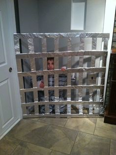 Home made jail cell n prisoner outfit for Trick or Trunk Haunted House For Kids, Halloween Haunted Houses, Holidays Halloween, Halloween Decorations, Halloween Party, Halloween 2017, Halloween Costumes, Haunted Prison, Zombie Birthday