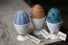 ~Pamela Susan~: A Giveaway!! Who needs Wool Roving and a Felting Needle to make Felted Easter Eggs?!