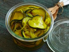Ab's B and B's Recipe : Alton Brown : Food Network - FoodNetwork.com [This will be my go-to sweet pickle recipe I think!]