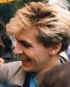 Adorable adorable Nick Rhodes with fans. Look how he looks at them. Very kind and very very sweet. I can assure you that his eyes are very warm and he looks you straight in the eyes all the time. I met him and talked with him at the hotel and I can. Nick Rhodes, Glam Metal, John Taylor, Secret Crush, Teenage Dream, Def Leppard, Most Beautiful Man, Dream Guy, Music Love