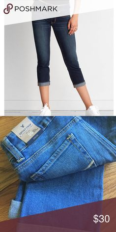 American Eagle Artist Crop Jeans New with tags. For accurate color, see second pic. 😬 American Eagle Outfitters Jeans Ankle & Cropped