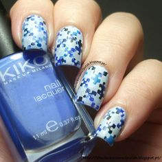 The Clockwise Nail Polish: Light It Up Blue Movement / Vamos Tornar O Mundo Mais Azul