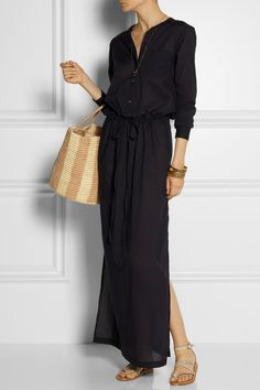 I am going to live in this dress for summer. #casualwear via #thedailystyle