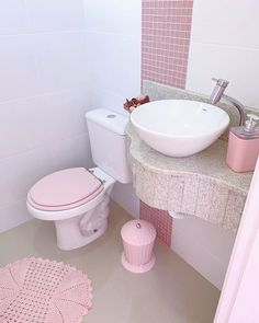 Pink Home Decor, Easy Home Decor, Home Decor Trends, Interior Design And Technology, Interior Design Boards, Futuristic Interior, European Home Decor, Contemporary Decor, Bathroom Interior