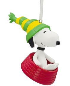 Hallmark Resin Figural Snoopy in Dog Dish Ornament Snoopy Christmas, Charlie Brown Christmas, Merry Christmas, Snoopy Merchandise, Snoopy Dog House, Hallmark Christmas Ornaments, Christmas Trees, Christmas Decorations For The Home, Bee Gifts