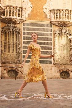 White Dress, Spring, Dresses, Fashion, Vestidos, Moda, Fashion Styles, Dress, Fashion Illustrations