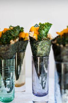 Japanese Pumpkin Temaki With Ginger Kale Chips - The Scratch Artist Mini Tacos, Tempura, Milk Shakes, Brown Rice Sushi, Mochi, Healthy Food Alternatives, Food Park, Vegan Sushi, Kale Chips