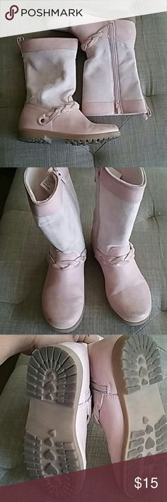 Little girl's boots Baby pink boots in really great condition. These have some dirt stains throughout the outside that I haven't tried removing. Inside of boot is in great shape as well as the soles. H&M Shoes Boots