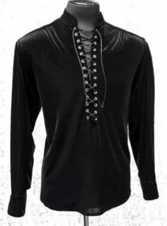 Solid Advice About Gothic Jewelry. Gothic Jewelry has always been an important part of cultural expression. Today, it has become an industry and everything is done to create pieces that refl Gothic Accessories, Gothic Jewelry, Fashion Accessories, Gothic Clothing, Steampunk Clothing, Fashion Night, New Fashion, Fashion Outfits, Fashion Tips