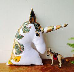 Einhorn Pferd Tier Dekorative Kissen / Kissen von MariaTilyard