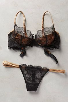 "for-the-love-of-lingerie: "" La Perla "" Source by sydelli Lingerie Bonita, Jolie Lingerie, Pretty Lingerie, Luxury Lingerie, Beautiful Lingerie, Sexy Lingerie, Lingerie Sets, Lingerie Underwear, Bra And Panty Sets"