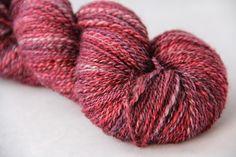 50% BFL superwash / 50% Milchseide handgesponnen Knitted Hats, Knitting, Blog, Weaving, Tricot, Cast On Knitting, Blogging, Knitting And Crocheting, Crocheting
