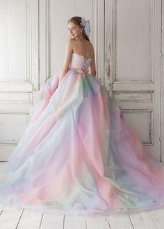 pastels.quenalbertini: Pastel Dress | Glamour & Gloss Fashion