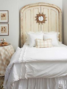 A ruffled white bedspread gives this cottage bedroom shabby-chic flair. Shabby Chic Headboard, Shabby Chic Bedrooms, Shabby Chic Homes, Shabby Chic Decor, Wood Headboard, Headboards, Cottage Bedrooms, Country Bedrooms, White Bedrooms