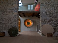 Raquel Cohen esculturas. Asturias. Home Decor, Sun, Lights, Sculptures, Interior Design, Home Interior Design, Home Decoration, Decoration Home, Interior Decorating
